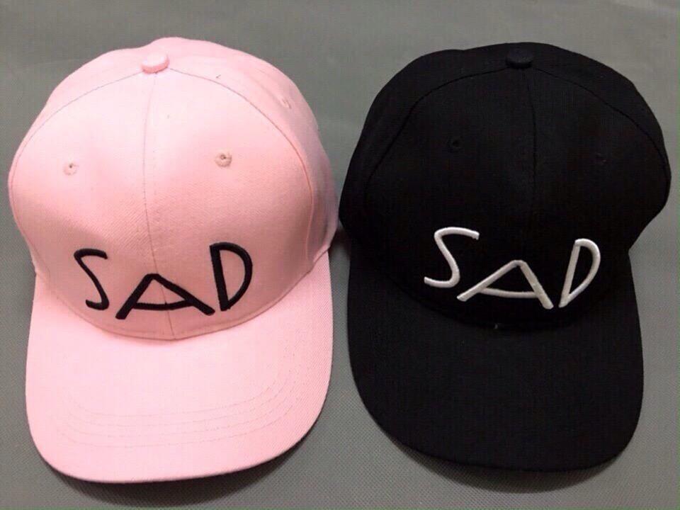 Thêu trên mũ nón
